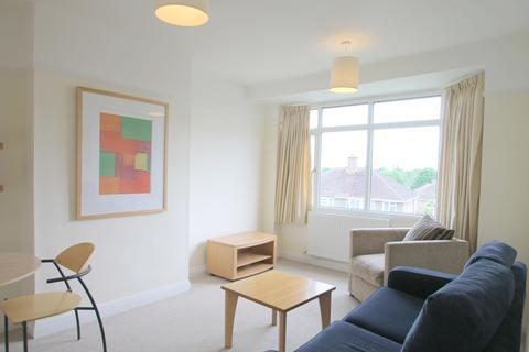 2 bedroom property to rent - 80 Copse Lane
