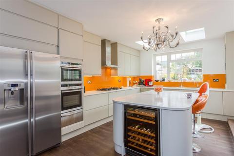 4 bedroom detached house to rent - Oxford Road, Kidlington