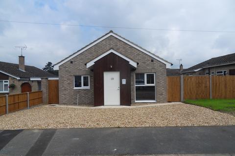 2 bedroom detached bungalow to rent - Arrowhead Drive, Lakenheath IP27