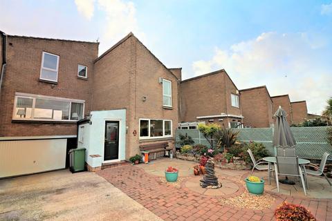 4 bedroom link detached house for sale - Mockbeggar Drive, Wallasey, CH45 3NN