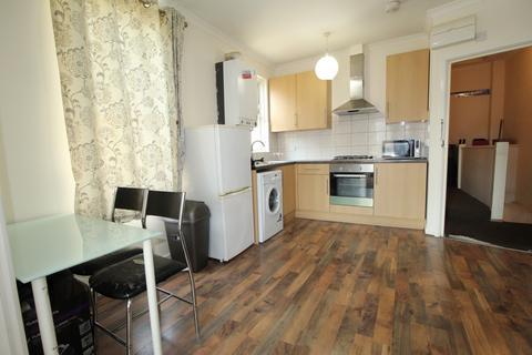 1 bedroom flat to rent - High Road, Goodmayes, Essex, IG3