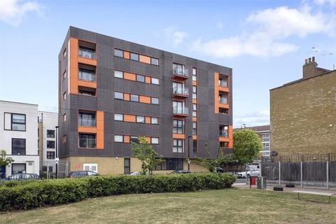 3 bedroom apartment to rent - Park View Court, Devons Road