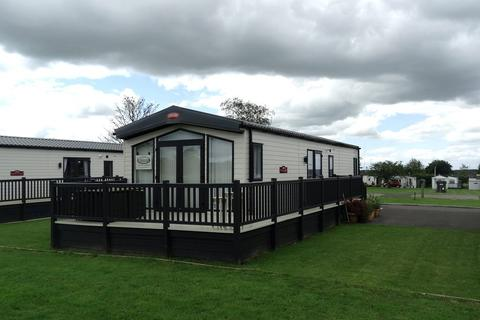 2 bedroom lodge for sale - 'Helmsley Lodge', Green Meadows Country Park, Blackford, Carlisle, CA6 4EA