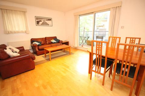 3 bedroom apartment to rent - Providence Square, Shad Thames, London SE1