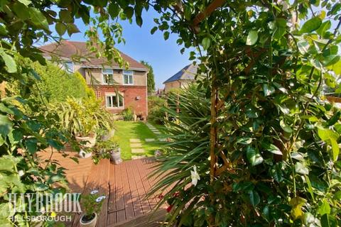 3 bedroom semi-detached house for sale - Southey Walk, Sheffield