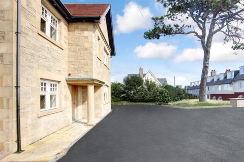 4 bedroom detached house for sale - Lucker Road, Bamburgh, NE69