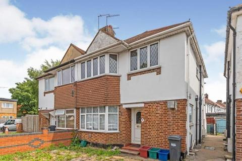 2 bedroom maisonette for sale - Harlington Road West, Feltham, TW14