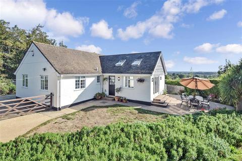 4 bedroom detached bungalow for sale - London Road, Watersfield, West Sussex