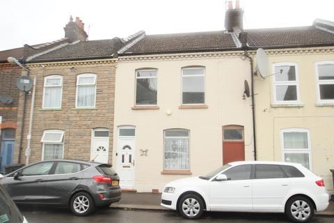 3 bedroom terraced house to rent - Wimborne Road, Dallow Area, Luton, LU1 1PD
