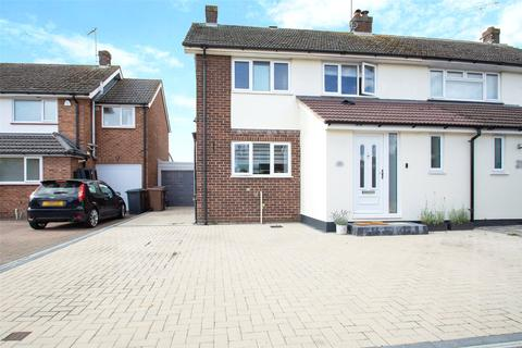 3 bedroom semi-detached house for sale - Hulton Close, Boreham, Chelmsford, Essex, CM3