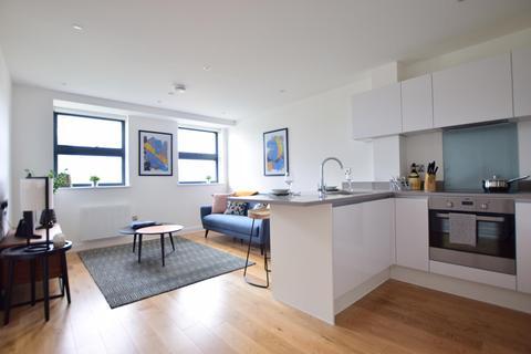 1 bedroom apartment to rent - Dolphin Bridge House, Rockingham Road, Uxbridge UB8 2FE