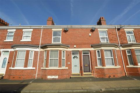 2 bedroom terraced house to rent - Worthington Street  Old Trafford  Manchester  M16