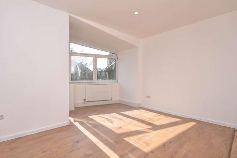 3 bedroom flat for sale - Burbage Close, Borough, LONDON