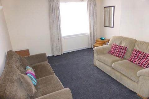 3 bedroom flat to rent - Morrison Drive, Garthdee, Aberdeen AB10
