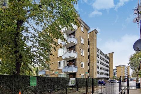 2 bedroom ground floor flat for sale - Woollett Court, St.Pancras Way, London, NW1 9HT