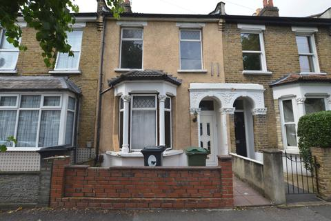 3 bedroom house to rent - Lynmouth Road, Walthamstow, E17
