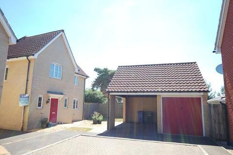 3 bedroom detached house to rent - Windmill Close, Lakenheath, Brandon, Suffolk, IP27