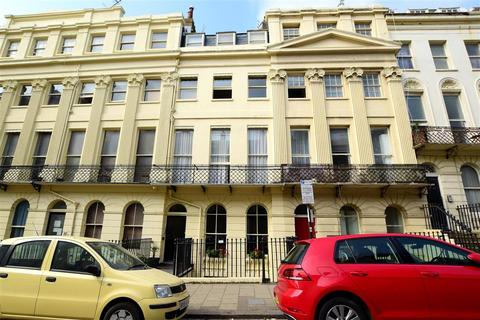 1 bedroom apartment for sale - Oriental Place, Brighton, East Sussex