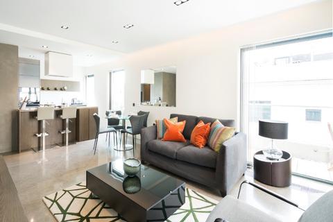 3 bedroom flat to rent - Babmaes Street, London. SW1Y