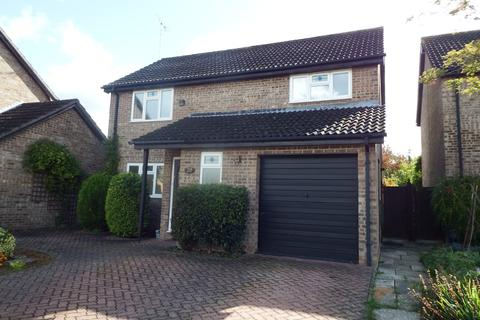 4 bedroom detached house to rent - Treelands Close, Cheltenham, GL53