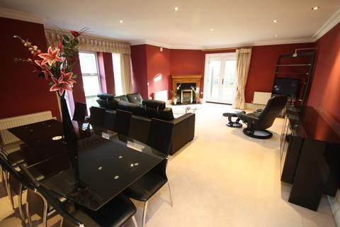 4 bedroom apartment to rent - PARK AVENUE, ROUNDHAY, LEEDS, WEST YORKSHIRE