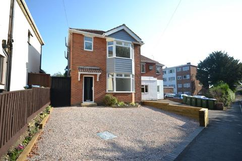 3 bedroom detached house for sale - Church Road, Woolston, Southampton, SO19