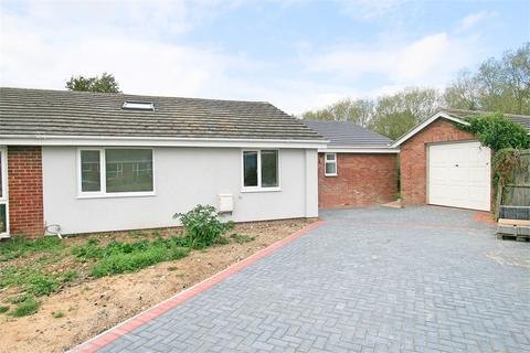 4 bedroom semi-detached bungalow for sale - Stockhouse Close, Tolleshunt Knights, MALDON, Essex