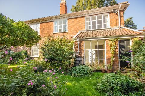 2 bedroom semi-detached house for sale - Calvert Street, Norwich NR3