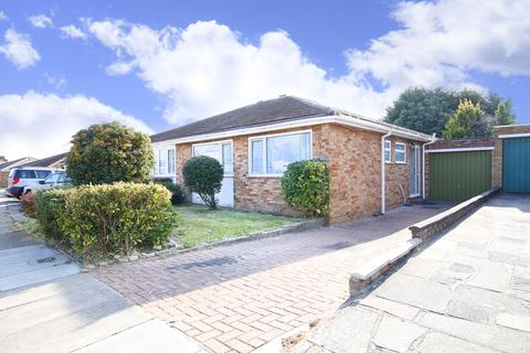 2 bedroom semi-detached bungalow for sale - Chartwell Close, New Eltham, London