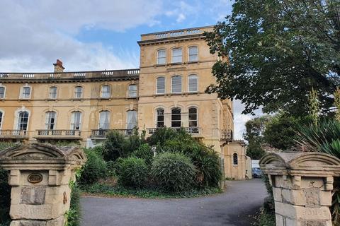 2 bedroom flat to rent - Ellenborough Crescent, North Somerset