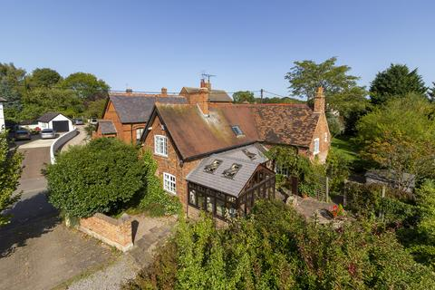 3 bedroom cottage for sale - Hall Gate, Diseworth
