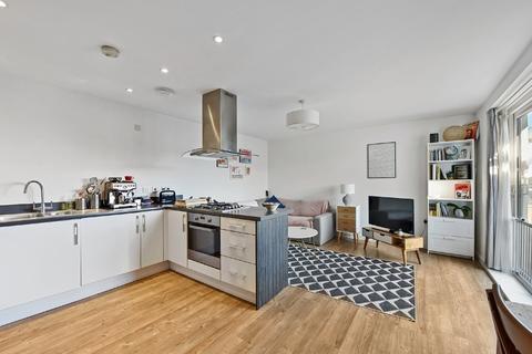 2 bedroom apartment - Dunn Side, Chelmsford, CM1 1DL