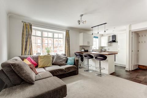 2 bedroom flat for sale - Queensbury Mews, Brighton, BN1