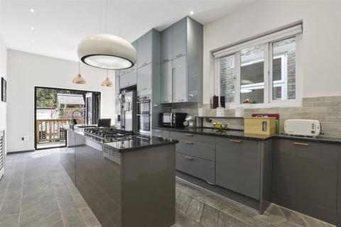5 bedroom semi-detached house for sale - Whitworth Road, South Norwood, London, SE25