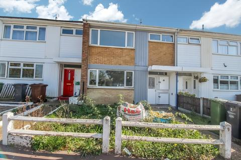 3 bedroom terraced house to rent - Ridgewell Close, Dagenham