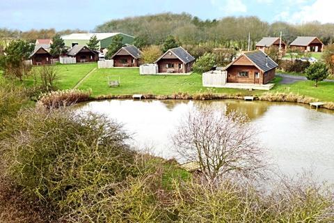 3 bedroom detached house for sale - Fitling Lane, Fitling, Hull, East Yorkshire, HU12