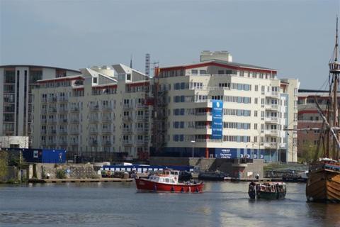2 bedroom apartment to rent - Harbourside, The Crescent BS1 5JP