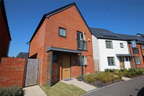 3 bedroom detached house for sale - Victory Way, St. Leonards, Ringwood, Hampshire, BH24