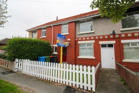 3 bedroom terraced house to rent - Conway Avenue, Normoss, FY3