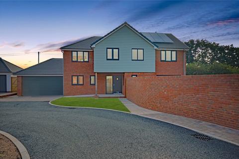 4 bedroom detached house - Off Mulligan Drive, Exeter