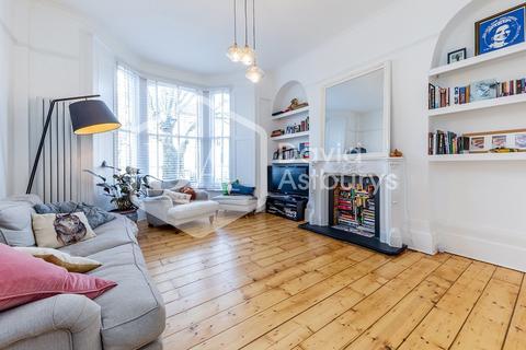 3 bedroom apartment for sale - Hanley Road, Stroud Green N4
