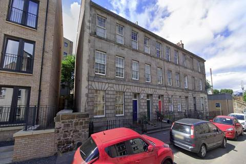 2 bedroom flat to rent - Comely Green Place, Edinburgh,