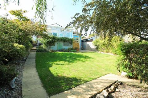 4 bedroom detached bungalow to rent - Deepdene, Wadhurst