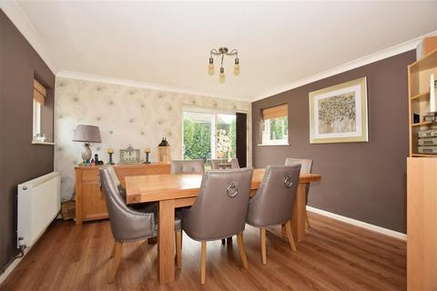 3 bedroom detached house for sale - Park Way, Coxheath, Maidstone, Kent