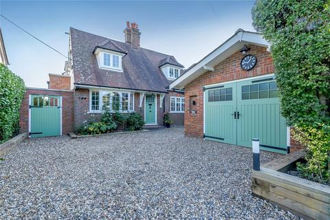 5 bedroom detached house for sale - Chestnut Lane, Amersham, Buckinghamshire, HP6