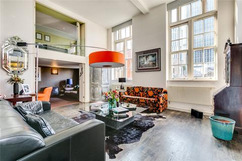 3 bedroom character property to rent - The Academy, 20 Lawn Lane, London, SW8