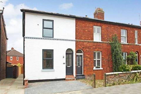 3 bedroom terraced house for sale - Priory Street, Bowdon