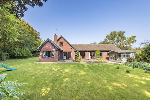 5 bedroom detached house for sale - Edgemont Road, Weston Favell, Northampton, NN3