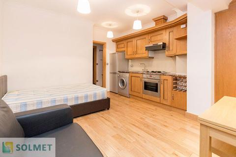 Studio to rent - Montagu Row, Marylebone, London W1U