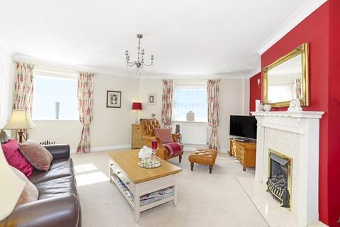 3 bedroom semi-detached house for sale - Ivel Close, Dorchester, DT1